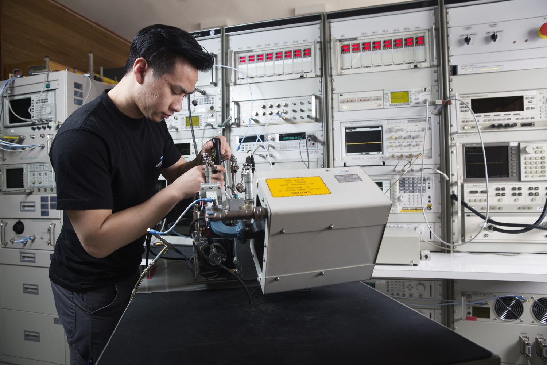 Aim Norway Electronics Maintenance Tools Fixture Circuit Board Repair Instrument Workshop